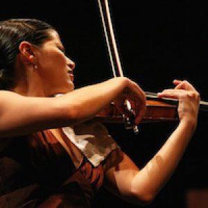 mitul celor 10.000 de ore de Practică Care Conduc Către Succes - violonist Elena Uritoste