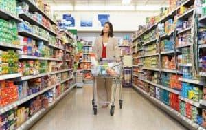 Ectul ancorarii - femeie la cumparaturi